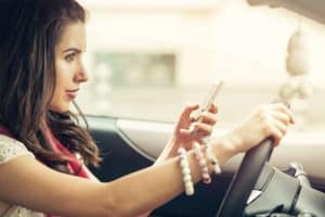 Florida Law Cracks Down on Texting while Driving and Other Distractions