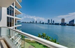Miami Premises Liability for Injuries from Deck and Other Types of Structure Collapses